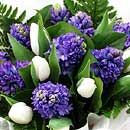 Blue Dew – fresh flowers for UK delivery by post – bouquets and arrangements from Clare Florist