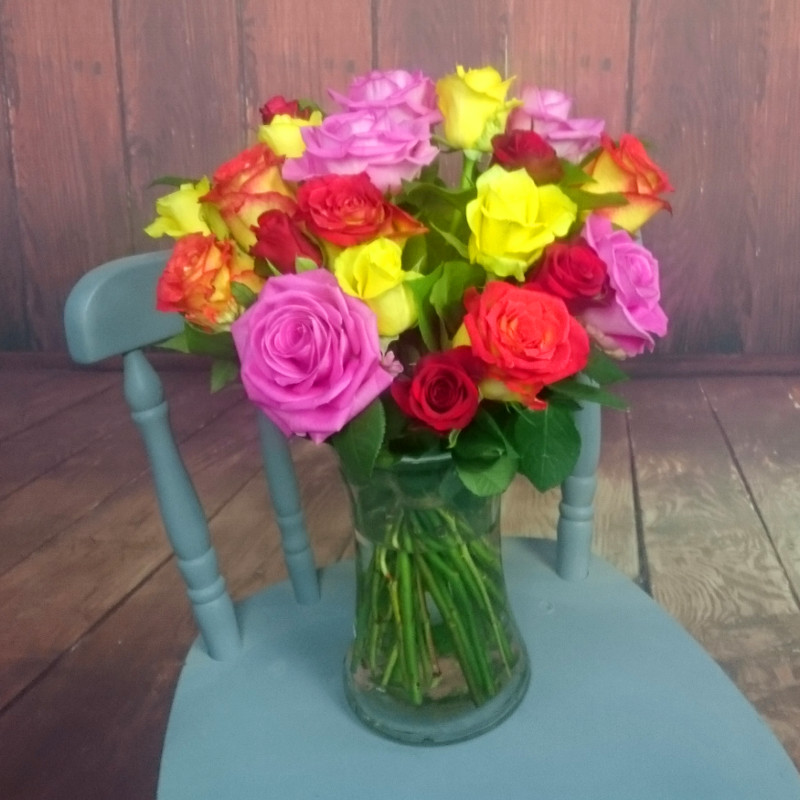 Rainbow Roses Fresh Flower Bouquet | Mixed Rose Flowers by Florists ...