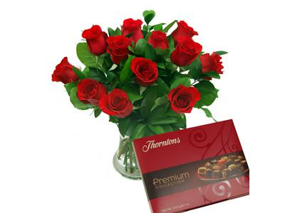 12 Red Roses True Romance + Vase & Chocolates