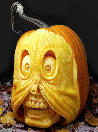 Awesome-Halloween-pumpkin-carving