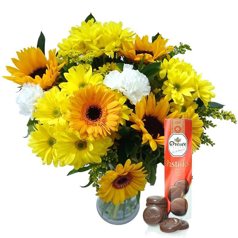 Summer Bouquet with Free Chocolates